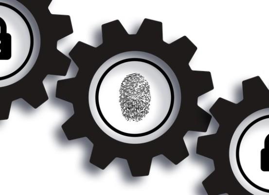 security 4497950 640 553x400 - PC e smartphone, come capire se qualcuno ti sta spiando